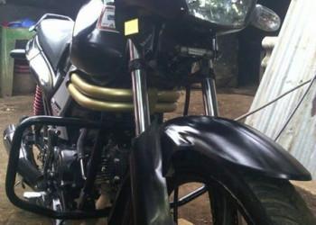 Vendo moto Mahindra Centuro 110cc 2014