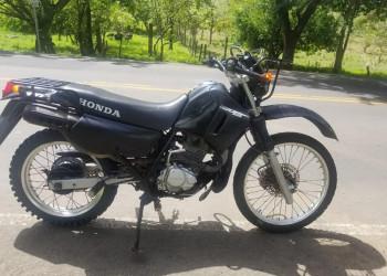 Vendo moto Honda CTX 200