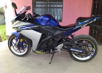 Vendo moto Yamaha R3