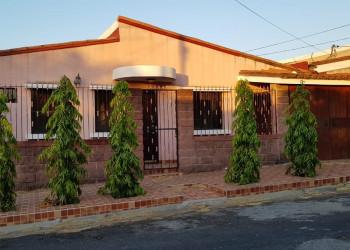 SE VENDE CASA EN RESIDENCIAL BOSQUES DE NEJAPA