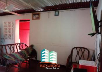 Vendo casa en colonia Rubén Dario