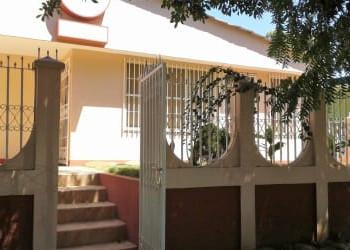 🏢Casas en Los Robles | CASA IDEAL PARA OFICINAS Y ADAPTABLE A CUALQUIER TIPO DE NEGOCIO EN COLONIAL LOS ROBLES🏠